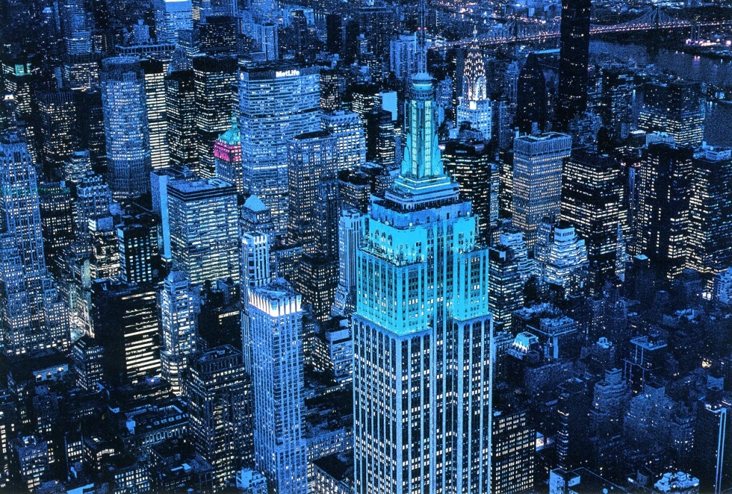 This image has an empty alt attribute; its file name is us6568078-belarus-minsk-web-midtown-manhattan-at-night.jpg